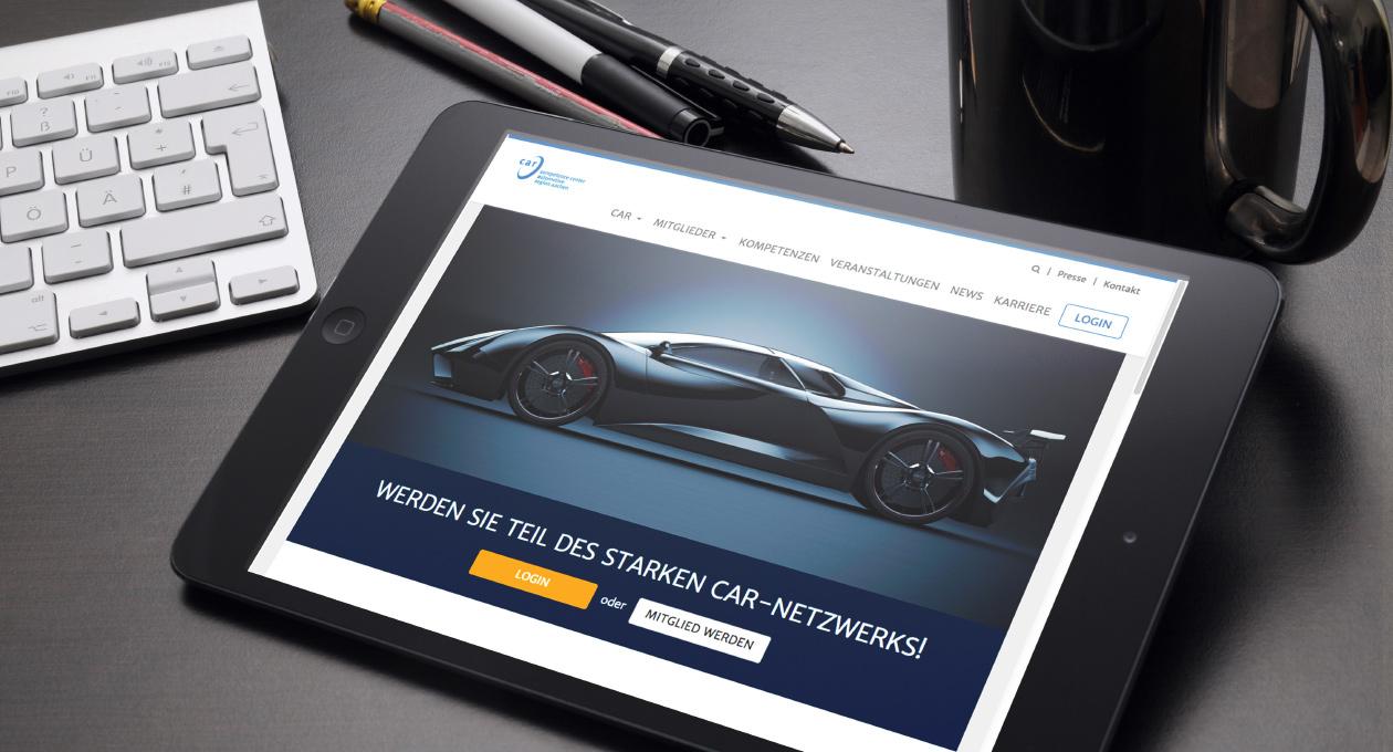 Ansicht der Website car e.V. auf einem Tablet.