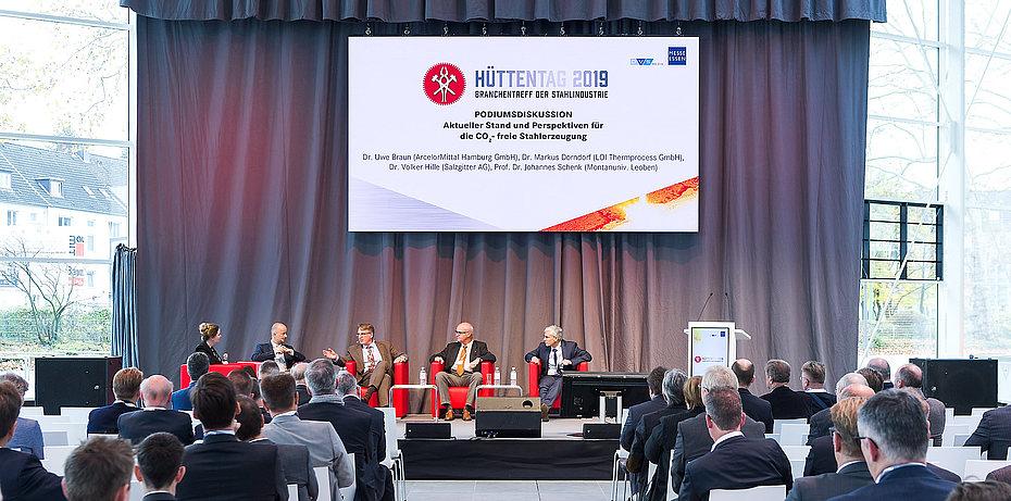 Diskussionen, Vorträge und Keynotes auf dem Hüttentag 2019.