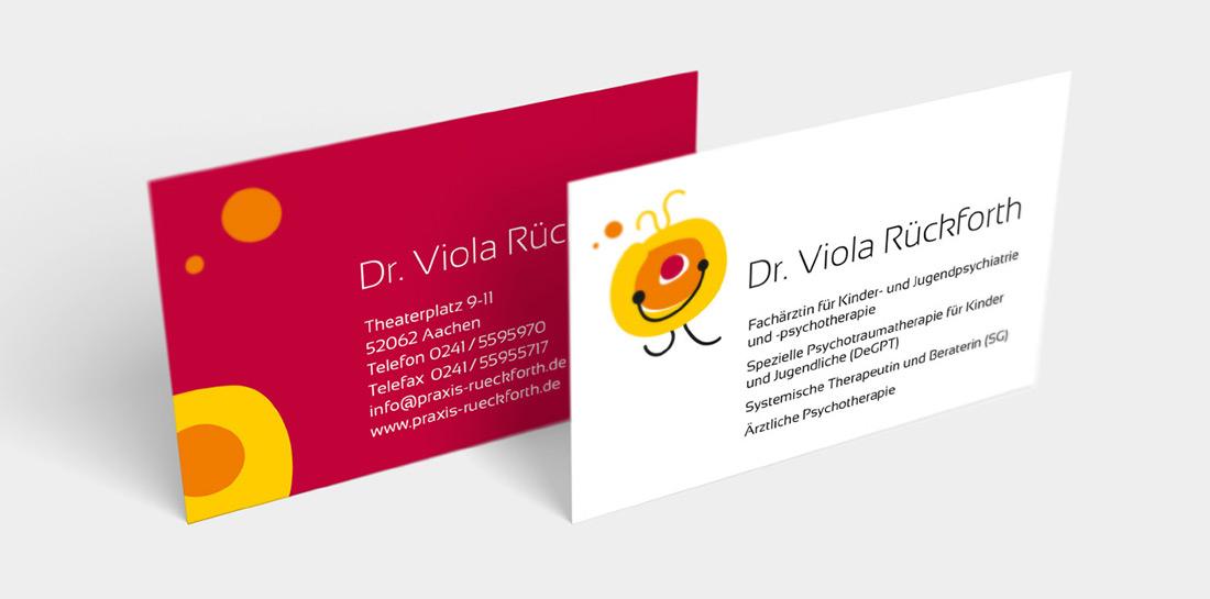 Für die Praxis von Dr. Viola Rückforth entwickelte etcetera ein neues Logo, Corporate Design und die Website. Das Team der Praxis für Kinder- und Jugendpsychiatrie unterstützt Familien durch besonders intensive Betreuung, Behandlung und Begleitung.