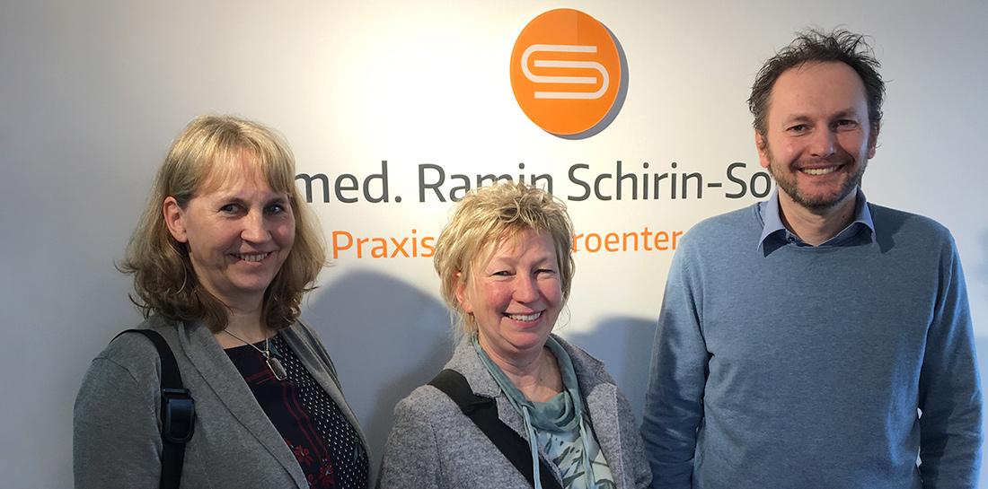 Eva Peschke, Robert Hansel, Anke Vander-Vreken bei der Praxiseröffnung von Dr. med. Schiri-Sokhan.