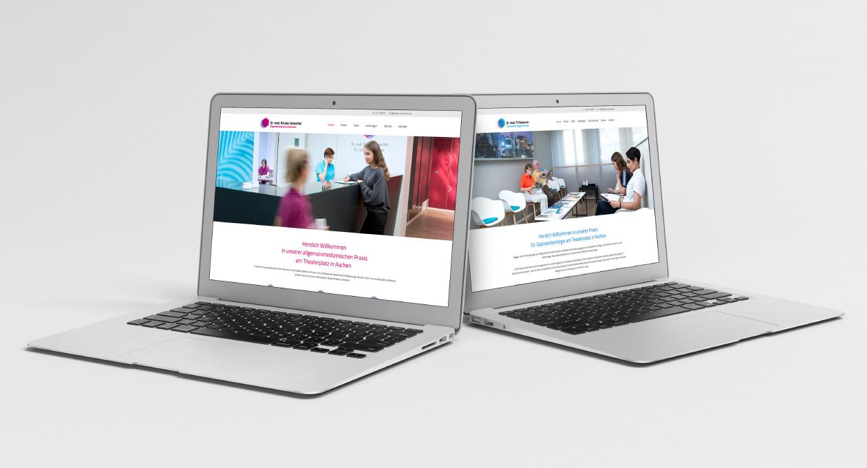 Laptopansichten der Websites Praxis Dr. Axmacher und Praxis Dr. Bubenzer.