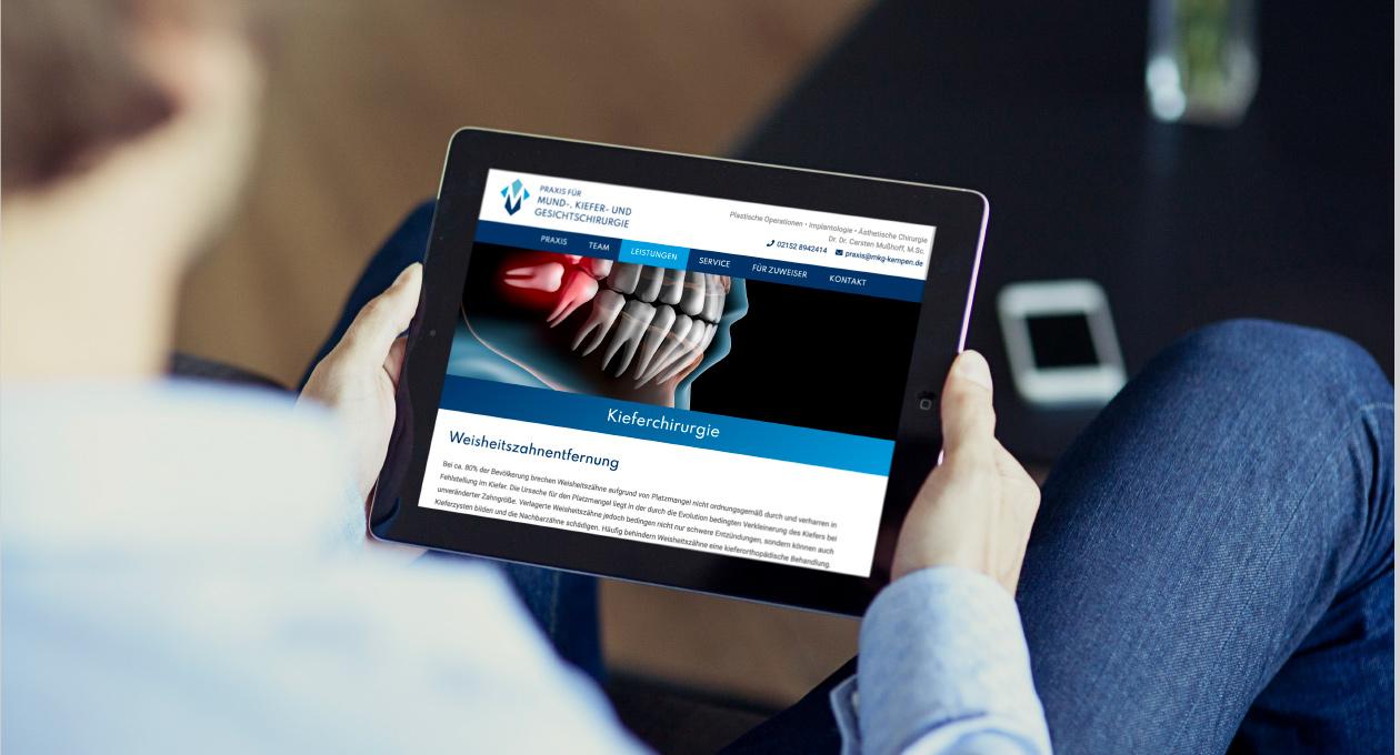 Ansicht der Website auf einem Tablet.