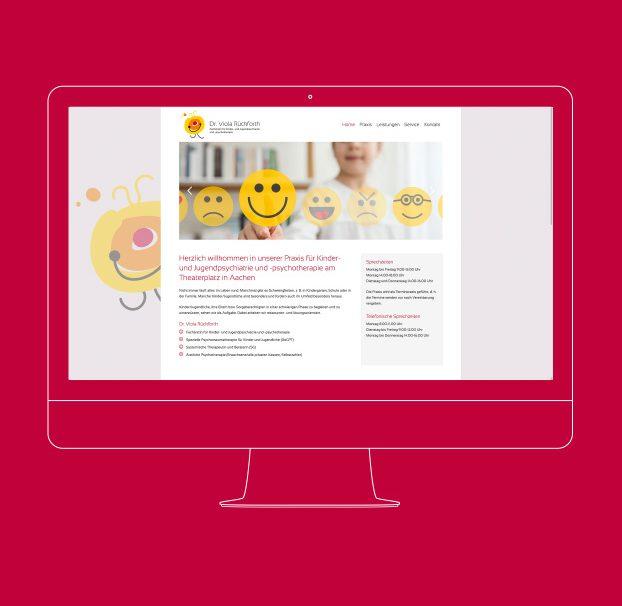 Ansicht der Website der Praxis von Dr. Viola Rückforth auf einem PC.