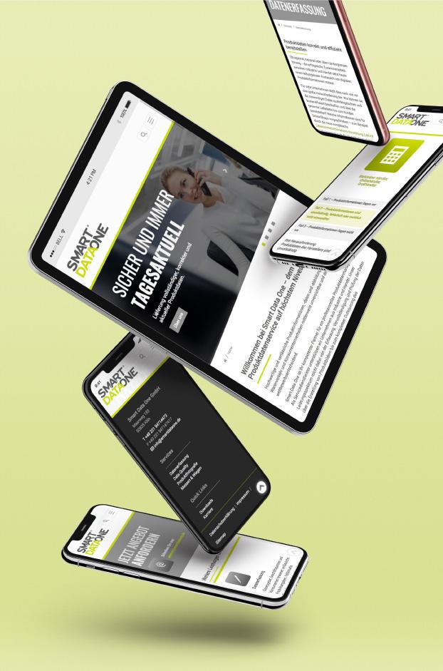 Website von SmartDataOne auf verschiedenen Endgeräten.